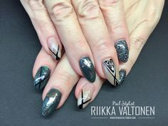 Handpainted nail art, nude and dark green, Minx Underwear , acrylic nails #nails #nailart #stockholm #handpaintednailart