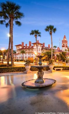 Best things to do in St. Augustine, Florida, include Old City, Fort Matanzas, Castillo de San Marcos and other great attractions. Visit Florida, Florida Beaches, Florida Living, Stuff To Do, Things To Do, St Petersburg Florida, Everglades National Park, Adventure Is Out There, Adventure Time