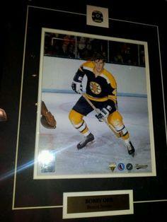 5b6af718b Bobby Orr NHL Frame Unsigned 8