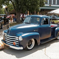 One day I'll own a truck like this. I'd do it completely different but wow what a truck!  1951 Chevy