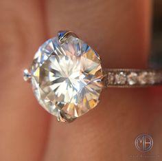 4.09ct Round Brilliant Cut Diamond Engagement Ring SKU: 3881-1