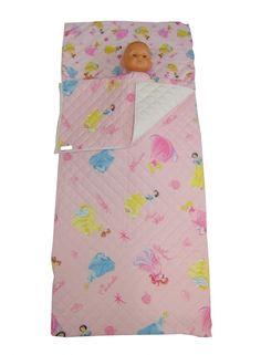 Sacco a Pelo Asilotrapuntato Principesse con tasca per cuscino e possibilità di scegliere la cerniera laterale o lo strappo con velcro, per la chiusura. 100%Cotone. Lo trovi qui: http://www.coccobaby.com/prodotto/set-asilo/sacchi-a-pelo/905/sacco-a-pelo-asilo-principesse-sfondo-rosa  #bambini #kids #Natale #SantaLucia #coccobaby #cetty #shoppingonline #instashop #fantasy