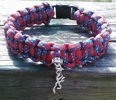 Hey, I found this really awesome Etsy listing at https://www.etsy.com/listing/185993686/paracord-bracelet-rebel-flag-with