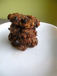 Quinoa cookies, i just need to find where to get quinoa flakes, and coconut sugar