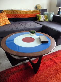 G PLAN ROUND ASTRO COFFEE TABLE WITH MOD TARGET GLASS 1960's Sixties £200.00