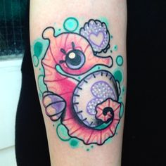 racheljamiebaldwin: Thanks Eilise!! So much fun!! From this morning while guesting at @blackhearttattooepsom #seahorse #seashell #sparkle #kawaii #bubbles (at Black Heart Epsom)
