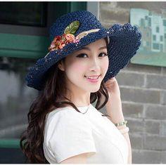 Best Crochet Designs Crochet straw hat for summer wear flower sun hats - Crochet Hat With Brim, Crochet Summer Hats, Crochet Baby Shoes, Hand Crochet, Crochet Hats, Sombrero A Crochet, Crochet Designs, Crochet Tutorials, Sun Hats For Women