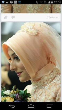 Gelin basi Bridal Hijab, Hijab Bride, Hijab Niqab, Muslim Brides, Hijab Fashion, Wedding Styles, Bridesmaids, Wedding Day, Crown