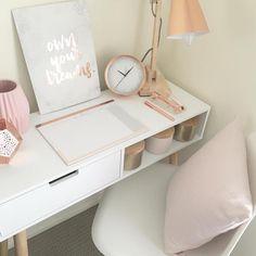 いいね!18件、コメント3件 ― Style on a budgetさん(@styleonabudgett)のInstagramアカウント: 「Affordable decor styling items from kmart #decor #kmartaustralia #kmarthome #kmart #kmartstyling…」
