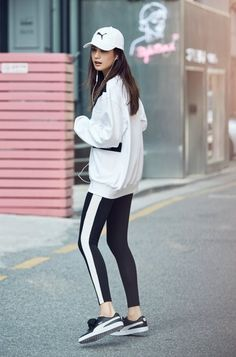 School outfits, kpop outfits, sporty outfits, korean outfits, stage out Athletic Fashion, Athletic Outfits, Sport Outfits, Athletic Wear, Athletic Clothes, Casual Outfits, Cap Outfits For Women, Boho Outfits, Yoga Fashion