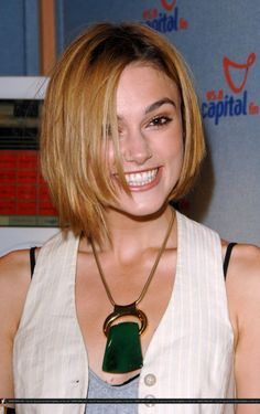 Keira Knightley, before she learned about her best colours. And why all actresses should get their colour type confirmed!