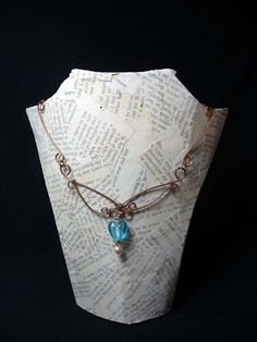 Shealynn's Faerie Shoppe: DIY Book Page Necklace Display