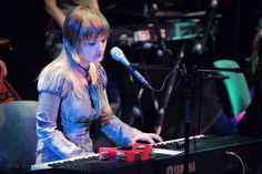 Вопрос 10. Ольга Пулатова из группы Fёlur. И снова женщина-музыкант:) Привлекает в людях то, чего у самой нет%)