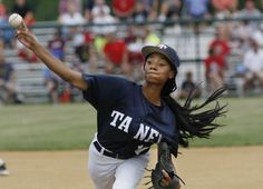 13-year-old pitcher Mo'ne Davis in spotlight at Little League World Series August 2014