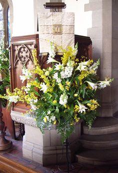 Easter floral idea