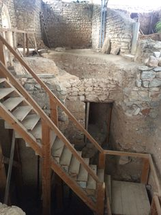 Archaeological remains from 8th century BC to 18th century AD. A medieval residence of Corte-Real family in Tavira. acc