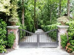 Intercontinental Gardener: Gates in Medina Driveway Entrance Landscaping, Driveway Design, Farm Gate, Fence Gate, Fencing, Front Gates, Entrance Gates, Front Fence, Farm Entrance