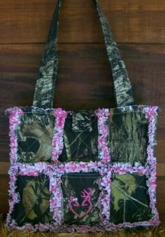 camo purse with pink bow | Oak Pink Browning Heart Camo Camouflage Purse Rag Quilt Tote Handbag ...