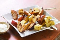 Grilled Fruit Kabobs with Creamy Honey Sauce recipe - A creamy blend of poppyseed dressing and Greek-style honey yogurt makes a luscious dipping sauce for these grilled fruit kabobs. Barbecue Recipes, Grilling Recipes, Grilling Ideas, Delicious Desserts, Yummy Food, Tasty, Honey Sauce, Fruit Dishes, Fruit Salads