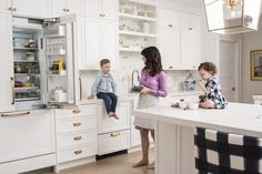 """""""I wanted [the kitchen] to look like an elegant, glamorous space but function…"""