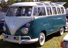 Picture of 1965 Volkswagen Microbus: for those of you that prefer them stock.