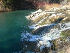 If you are near the Southern Black Hills, check out Cascade Falls in Hot Springs, SD. It is a great picnic area where you can swim and enjoy the beautiful falls. There is even a small hidden cave under the falls! Places To Travel, Places To See, South Dakota Vacation, Cascade Falls, Vacation Spots, Vacation Ideas, Summer Travel, So Little Time, Travel Usa