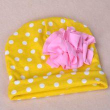 pasgeboren hoeden 2015 mode lente en de herfst katoen dunne lace up schattige dot baret hoeden caps bloem meisje peuter caps(China (Mainland))