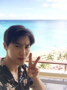 Why so serious? (Exo on Hawaii) Suho Exo, Exo Ot12, Kpop Exo, Exo K, Chanbaek, Shinee, K Pop, Kim Kai, Kim Joon Myeon