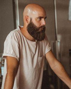 Men's Beard And Mustache Supplies Bald Men With Beards, Bald With Beard, Full Beard, Long Beards, Thick Beard, Bald Head Man, Shaved Head With Beard, Bald Man, Long Beard Styles