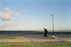 Fietsen door het landschap - Cycling in a landscape