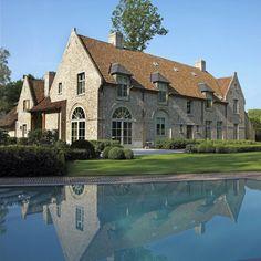 Depósito Santa Mariah: Magnífica Arquitetura Belga!