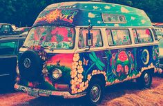 the hippy inside me wants this van. (: