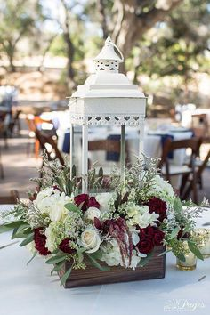 Wondering which wedding reception decoration supplies to buy? There are themed selections of reception decoration supplies in local stores and online retail Lantern Centerpiece Wedding, Wedding Reception Centerpieces, Wedding Lanterns, Lanterns Decor, Floral Centerpieces, Wedding Bouquets, Flower Arrangements, Wedding Decorations, Decor Wedding