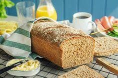 4 tips til et saftig og grovt speltbrød Food And Drink, Bread, Baking, Tips, Recipes, Brot, Bakken, Breads, Backen