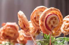 Esta receta de piruletas de hojaldre es perfecta para la sección de recetas especiales para Navidad: muy sencilla, económica, vistosa y muy sabrosa.Podéis hacerla con el relleno que mas os guste. …