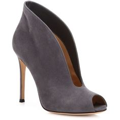 Gianvito Rossi Vamp Suede U Peep Toe Booties (3.445 RON) ❤ liked on Polyvore featuring shoes, boots, ankle booties, booties, heels, heeled boots, peep toe heel booties, suede heel boots, peep-toe ankle booties and peep toe ankle boots
