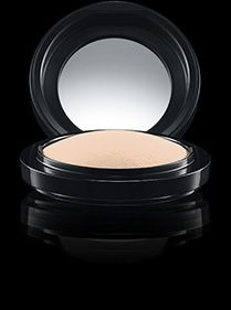 MAC Cosmetics  Mineralize Skinfinish Natural in Light Beauty Makeup f6280ab5a4344