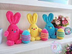 crochet bunny pattern FREE Easter amigurumi bunny and egg pattern Crochet Hippo, Crochet Bunny Pattern, Crochet Geek, Crochet Unicorn, Crochet Teddy, Easter Crochet, Crochet Patterns Amigurumi, Free Crochet, Crochet Dolls