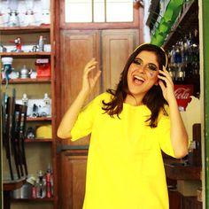 Temos fantasia de abacaxiiiiiiiii ..... tá lindaaaaa ... vestido amarelo + arco de Abacaxi. ... estaremos amanhã expondo  nossa coleção na @coletivoca . Rua Babilônia 18A Tijuca - RJ