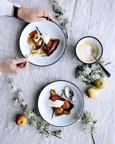 yummy new recipe coming up this week... i teamed up with the guys @falconenamel + created this beautiful maple + apple tarte tatin with spelt crust... stay tuned! ✌️x #gatherandfeast