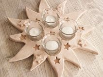 Adventskranz Advent Weihnachtsdeko Keramikstern - Hobbies paining body for kids and adult Christmas Clay, Christmas Angels, Diy Christmas Gifts, Christmas Ornaments, Pottery Workshop, Pottery Studio, Star Decorations, Christmas Decorations, Advent Wreath