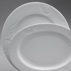 Platou rotund din colectia Karizma. Este realizat din portelan si are diametrul de 320 mm. Vase, Plates, Tableware, Kitchen, Licence Plates, Dishes, Dinnerware, Cooking, Plate