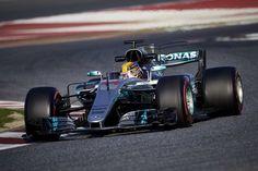 ルイス・ハミルトン 「フェラーリとレッドブルとの戦いになる」  [F1 / Formula 1]