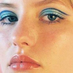 Estee Lauder Re-Nutriv Ultimate Lift Age-Correcting Eye Creme, Ounce - Cute Makeup Guide Makeup Inspo, Makeup Art, Makeup Inspiration, Beauty Makeup, Hair Makeup, Cool Makeup Looks, Cute Makeup, Baddie Make-up, Retro Makeup
