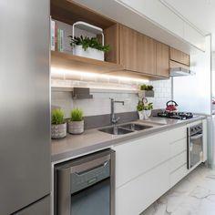 Cozinha pequena: 70+ ideias para te inspirar a decorar a sua!