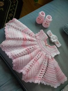 Items similar to Crochet shades of pink baby dress set, this one is soft and delicate. on Etsy Crochet Dress Girl, Crochet Baby Dress Pattern, Black Crochet Dress, Baby Girl Crochet, Crochet Baby Clothes, Crochet Woman, Crochet Chart, Crochet Patterns, Vestidos Bebe Crochet