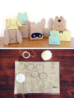 Doosjes inpakken met kraftpapier, gezichtje tekenen, oren erop plakken, pompons als staartje - klaar zijn je paashaasjes! (ook leuk als goodiebag!)
