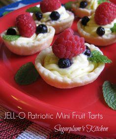 Delicious little mini fruit tarts!  Sugarplum's Kitchen