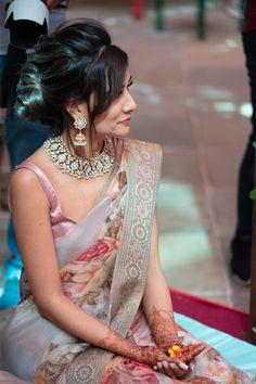 A Lavishly Curated Udaipur Wedding With Pin-Worthy Decor Ideas Engagement Dress For Bride, Engagement Saree, Udaipur, Indian Bridal Fashion, Indian Fashion Dresses, Saree Jewellery, Bridal Hair Buns, Saree Dress, Sari