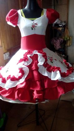 Dress Girl, Must Haves, Girls Dresses, Two Piece Skirt Set, Kawaii, Women's Fashion, Skirts, Briefs, Folklore
